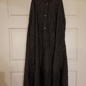 Long stripped skirt
